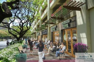 This rendering shows how the transit oriented development plan for the Ala Moana area in Honolulu would make Kapiolani Boulevard more walkable.